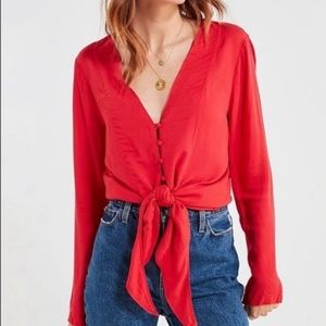 Silence & Noise Red Button Front Tie Top S…